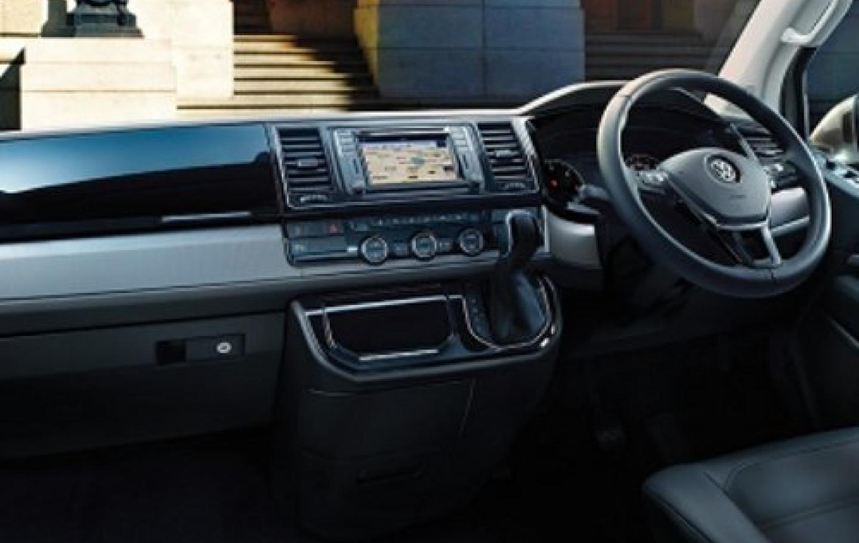 VW T6 MULTIVANのハンドル周り