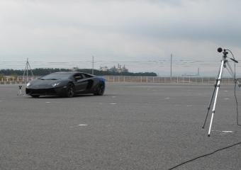 輸入車の騒音試験